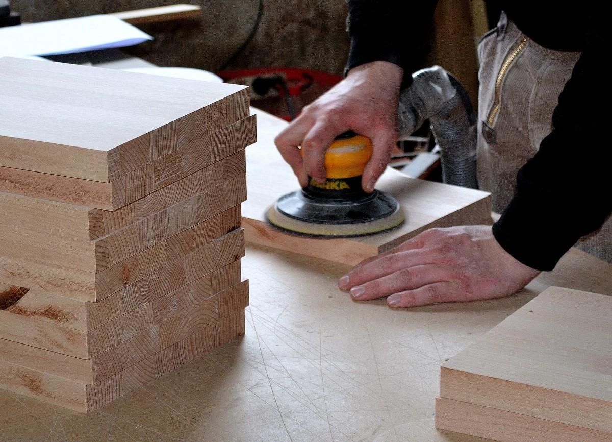Schreinerei Zeiss | carpenter-3276186_1920.jpg